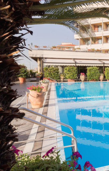 meeting-piscina-first-block-side-01-hotel-nettuno.jpg